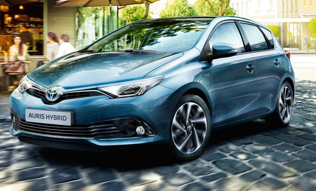 Auris Hybrid Diesel Cars Toyota UK
