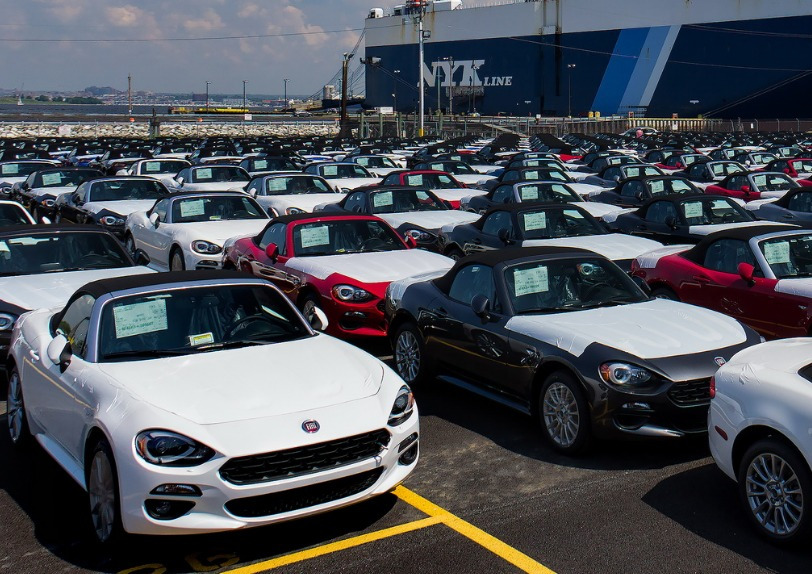 Fiat 124 Spider Arrives In The US
