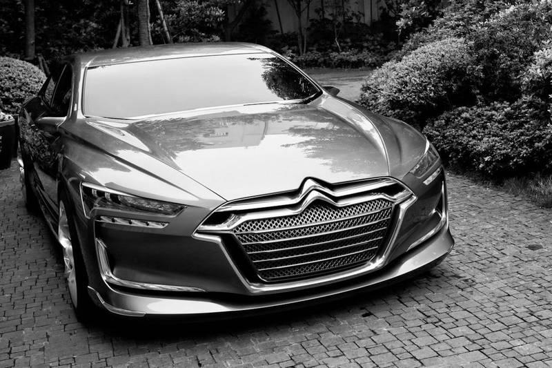 Citroen-Metropolis-Concept-ds6.jpg