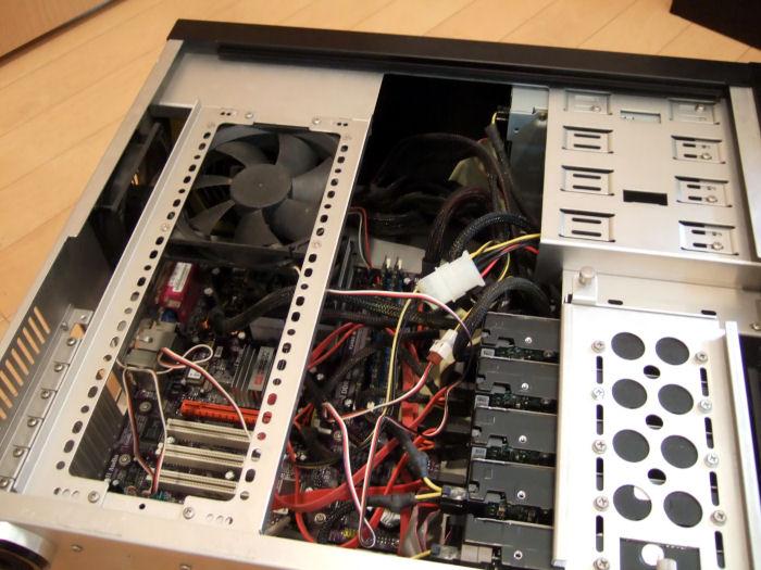 PCケース内部