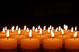 candles-492171__180.jpg