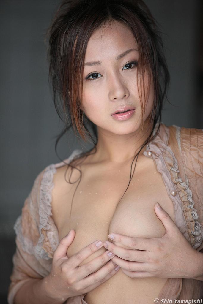 小林ユリ056