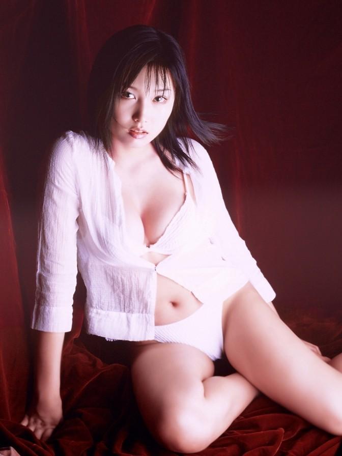 三津谷葉子064