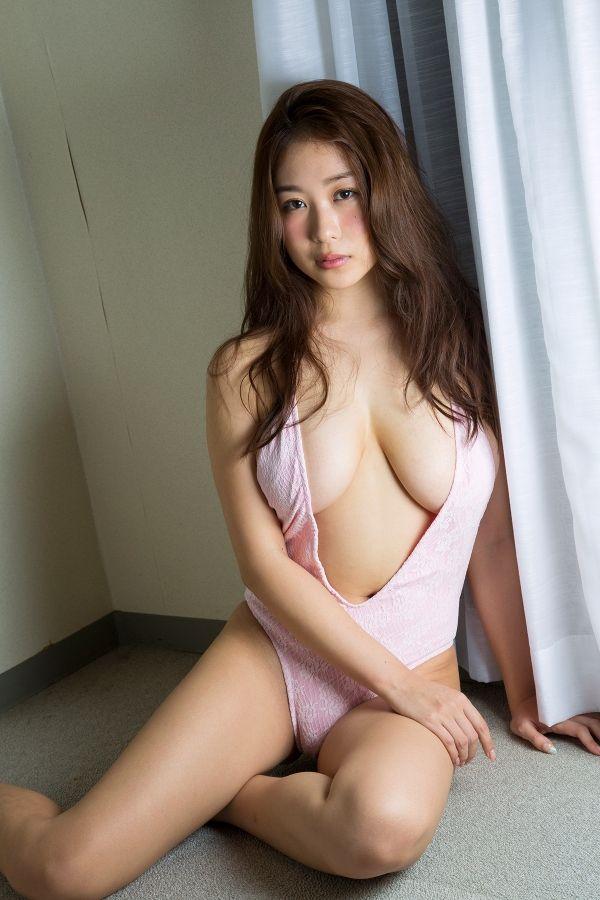 西田麻衣097