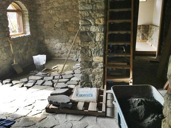 床、石貼り工事