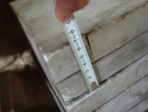 ソープストーンの厚さ七センチ