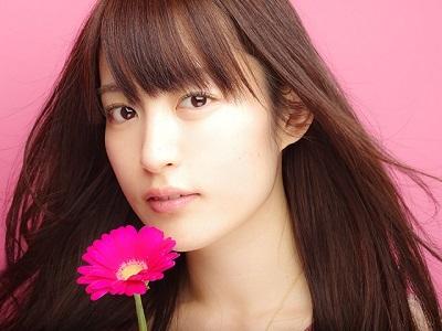 【悲報】美人声優の小松未可子さん、半年ぶりにお風呂に入る