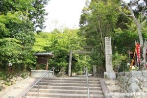 玉列(たまつら)神社(桜井市慈恩寺)1