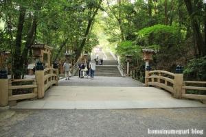 大神(おおみわ)神社(桜井市三輪)11