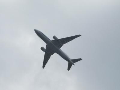 離陸する飛行機2