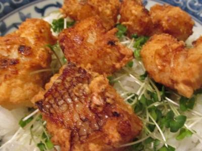 オニカサゴの唐揚丼アップ1