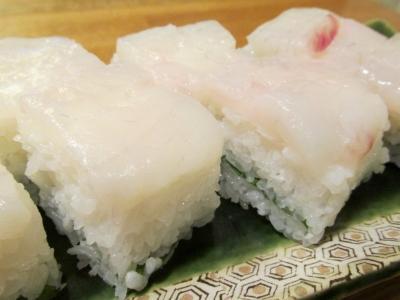 フグの箱寿司1
