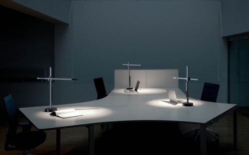 CSYS desk (シーシス タスクライト デスク)Jake Dyson  (ジェイク・ダイソン) Jake Dyson Light  (ジェイク・ダイソン ライト)