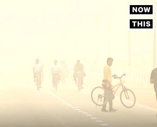 【環境】現在、最悪規模の大気汚染に見舞われているインド…首都ニューデリーでは緊急対策として「全ての建設解体現場を5日間中止、学校は3日間休校」「市民は外に出るな」と呼びかけ