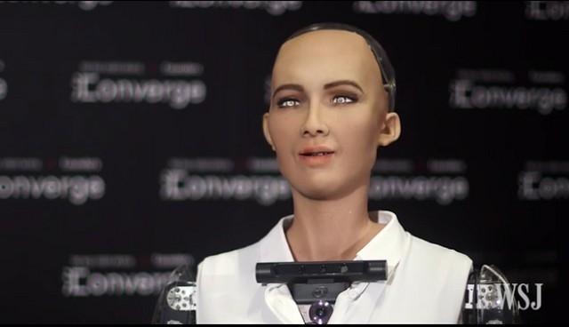 AIロボット「人類を滅亡させる」 再び聞いてみると → 「今は望んでません。地球人類が大好きです」