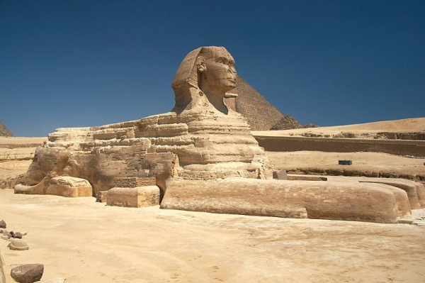 800px-Great_Sphinx_of_Giza_-_20080716a.jpg