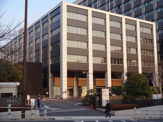 Cabinet_Office_Government_Buildings_naikaku.jpg