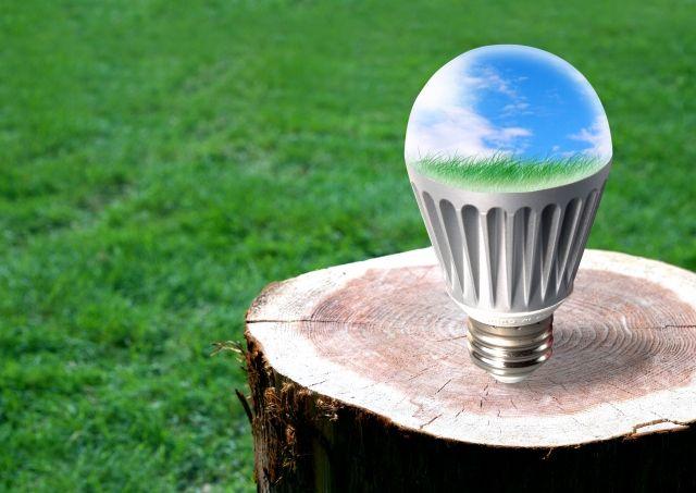【ブルーライト】アメリカ医師会「LEDは人体に有害だ」 光度を下げたりや青色スペクトル光を発しないように推奨