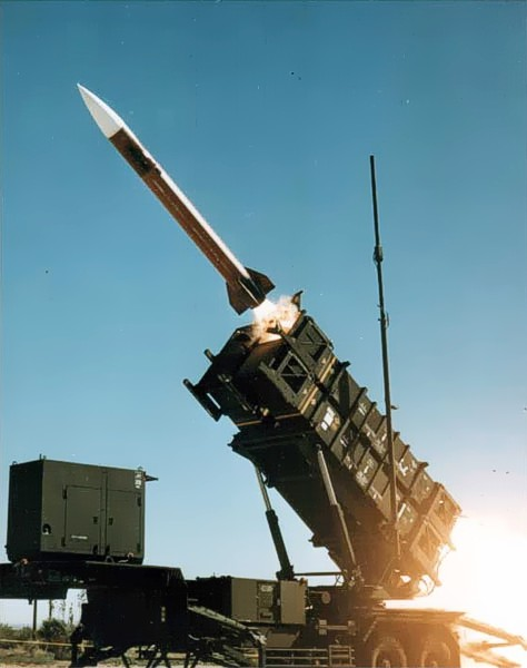 秋田県沖に落下した北朝鮮ミサイル → 政府関係者「日本の領土内だったら迎撃できず着弾してた」