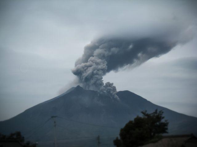 桜島が近い将来に破局噴火し、鹿児島は危機にさらされる…コンピューターシミュレーションによると「25年後」に起きると予測
