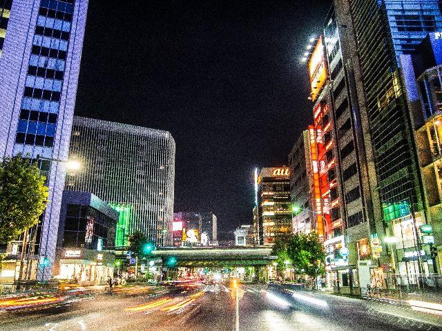 【一極集中】東京の人口が凄い勢いで増加 → 先月だけで「3万人」にも増加!今年で「7万人」増加