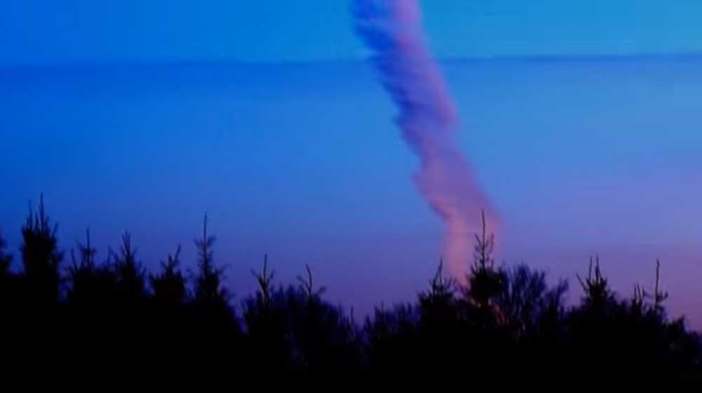 【月刊ムー】イエローストーンに「謎の白い光」や「巨大な煙」が出現!ISS(国際宇宙ステーション)のカメラにはUFOが映るのが多発!この2つの事象はリンクしているのか...