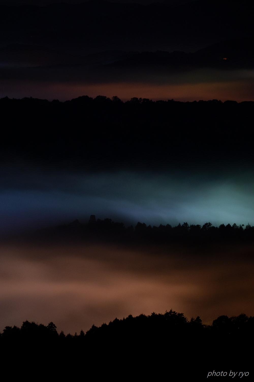 霧に埋もれゆく街を見つめながら_2