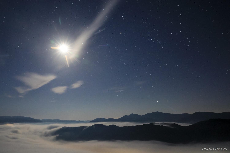 月の光に照らされて_2