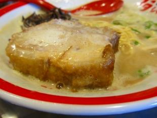 豚シャモジ ご馳走ブタソバ 肉 (2)