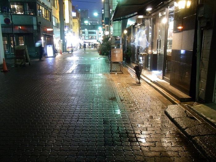 フリー画像雨上がりの街
