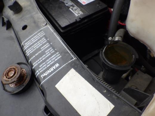 ラジエター液交換 (2)
