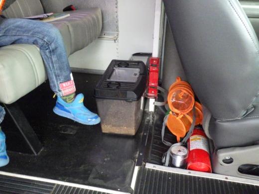バスで釣 (3)