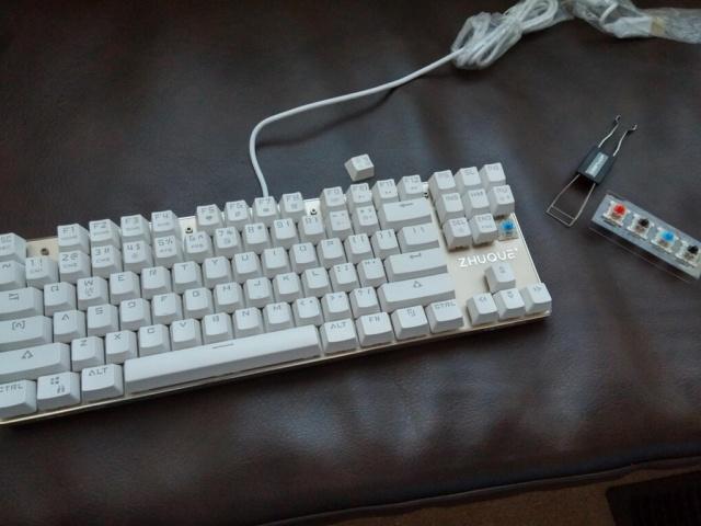 Mechanical_Keyboard82_07.jpg