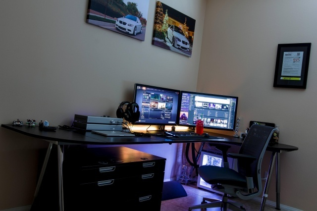 PC_Desk_MultiDisplay78_41.jpg
