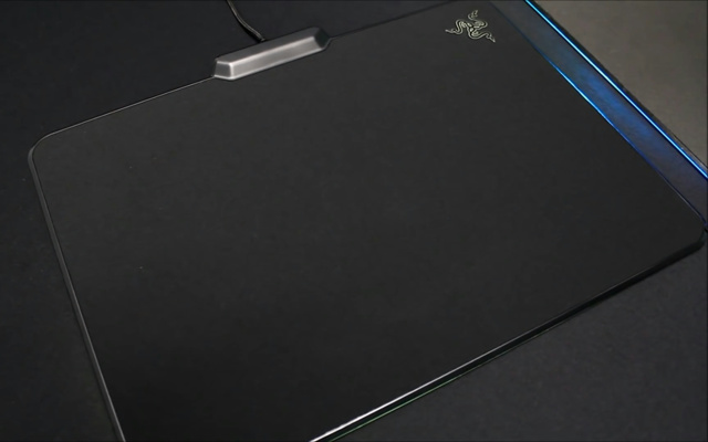 Razer_Firefly_Cloth_01.jpg