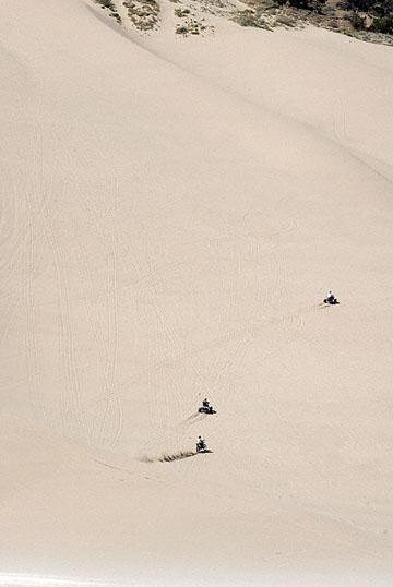 blog 24756 Sand Mountain, Little Sahara, Delta, UT-8.10.07.jpg